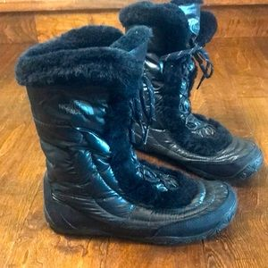 The North Face women's faux fur snow boots, size 9